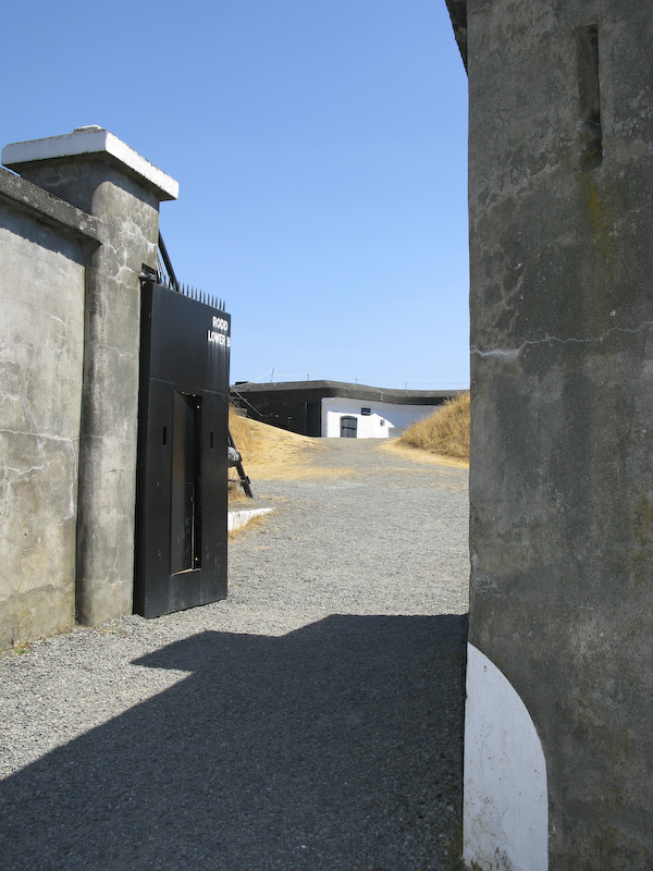 Fort Rod Hill Lower battery 3